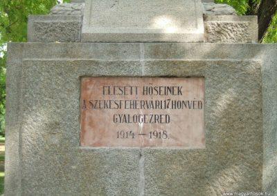 Székesfehérvár I.vh 17. gyalogezred emlékműve 2009.08.20.küldő-Mimóza (1)