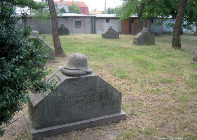 Székesfehérvár Rác temető I. világháborús emlékhely 2012.08.12. küldő-Emese (1)