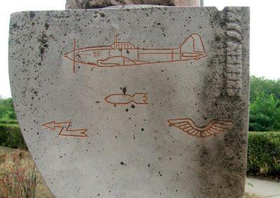Székesfehérvár Repülős emlékmű 2012.08.25. küldő-Mimóza (6)