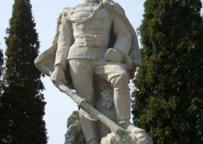 Székesfehérvár Szentlélek katonai temető világháborús emlékművek és sírok 2012.08.25. küldő-Mimóza (1)