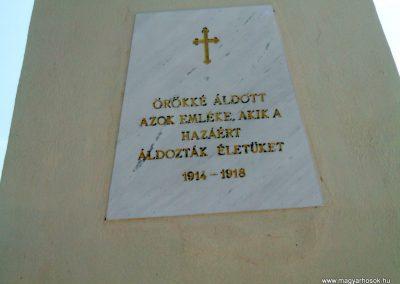 Székesfehérvár Szentlélek katonai temető világháborús emlékművek és sírok 2012.08.25. küldő-Mimóza (18)