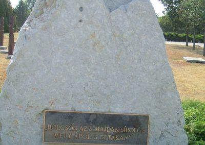 Székesfehérvár Szentlélek katonai temető világháborús emlékművek és sírok 2012.08.25. küldő-Mimóza (21)