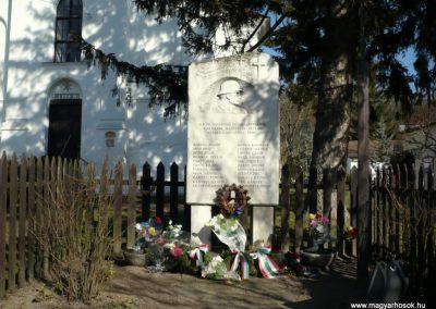 Szólád II.vh emlékmű 2011.02.05. küldő-Sümec (1)