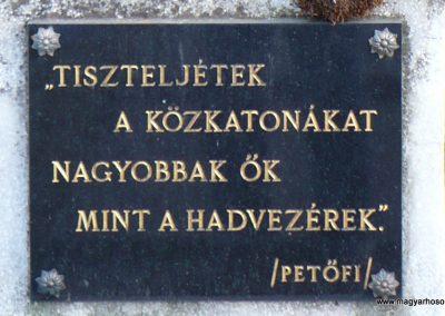 Szögliget világháborús emlékmű 2009.03.07.külő-Gombóc Arthur (3)