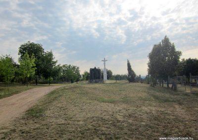 Szőc világháborús emlékmű 2013.08.22. küldő-kalyhas