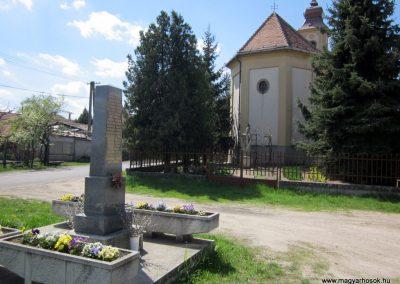 Sződ II.vh emlékmű 2012.04.20. küldő-kalyhas (7)