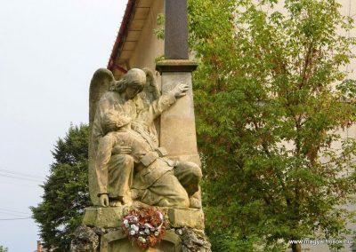 Szőgyén I. világháborús emlékmű 2014.09.15. küldő-Méri (1)