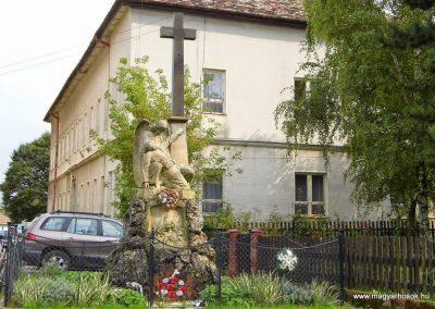 Szőgyén I. világháborús emlékmű 2014.09.15. küldő-Méri (4)