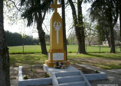 Szőkedencs I.vh emlékmű 2012.04.05. küldő-Sümec (4)