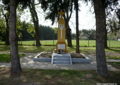 Szőkedencs I.vh emlékmű 2012.04.05. küldő-Sümec