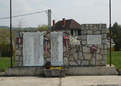 Szőlősgyörök Hősi emlékmű 2009.04.14.küldő-Sümec (1)