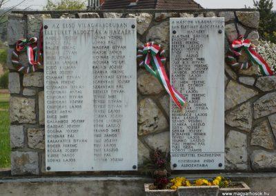Szőlősgyörök Hősi emlékmű 2009.04.14.küldő-Sümec (2)