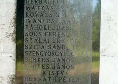 Szabás világháborús emlékmű 2012.06.28. küldő-Sümec (4)