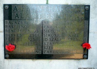 Szabás világháborús emlékmű 2012.06.28. küldő-Sümec (7)