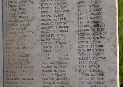 Szabadszállás II.világháborús emlékmű 2007.05.30.küldő-Gabi 22 (3)