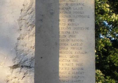Szabadszállás II.világháborús emlékmű 2007.05.30.küldő-Gabi 22 (7)