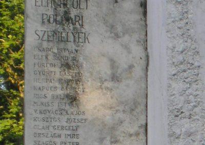 Szabadszállás II.világháborús emlékmű 2007.05.30.küldő-Gabi 22 (9)