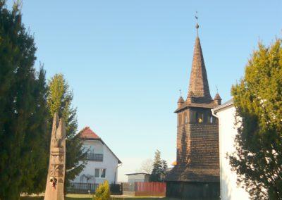 Szabolcsbáka II. világháborús emlékmű 2012.12.29. küldő-Ágca