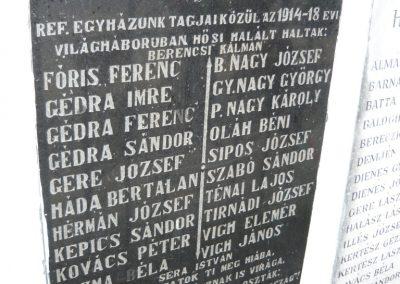 Szabolcsveresmart világháborús emlékmű 2009.12.28. küldő-Ágca (1)
