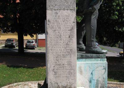 Szada világháborús emlékmű 2007.06.11. küldő-Kályhás (10)