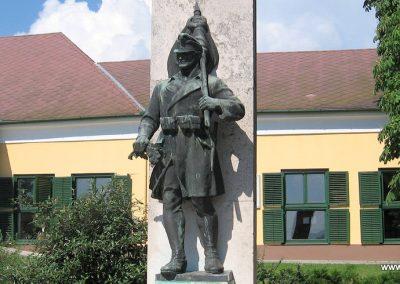 Szada világháborús emlékmű 2007.06.11. küldő-Kályhás (5)