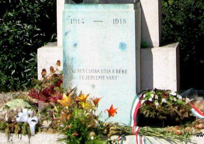 Szada világháborús emlékmű 2007.06.11. küldő-Kályhás (7)