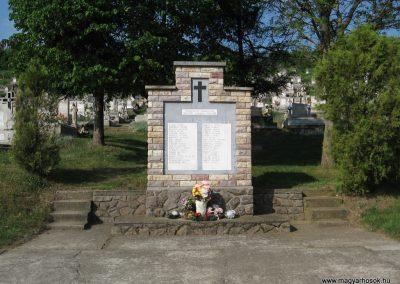 Szajla világháborús emlékmű 2009.05.02. küldő-kalyhas