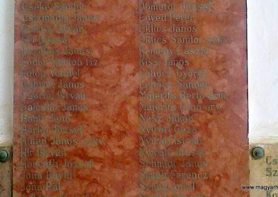 Szakály világháborús emléktábla 2011.06.15. küldő-Csiszár Lehel (2)