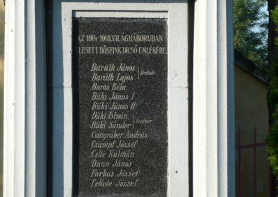 Szakony világháborús emlékmű 2010.09.23. küldő-Ágca (3)