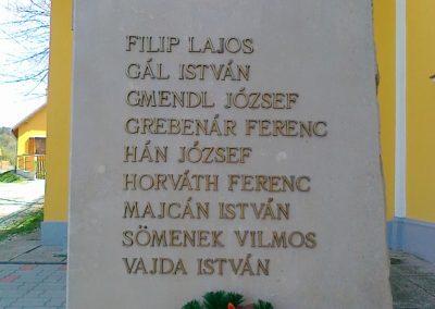 Szakonyfalu II.vh emlékmű 2011.04.10. küldő-Csiszár Lehel (3)