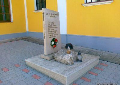 Szakonyfalu II.vh emlékmű 2011.04.10. küldő-Csiszár Lehel (4)