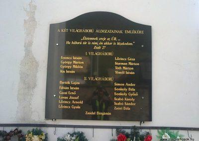 Szalóc világháborús emléktábla 2012.07.12. küldő-Pataki Tamás (2)