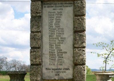 Szalapa világháborús emlékmű 2008.08.24. küldő-Vw golf (4)