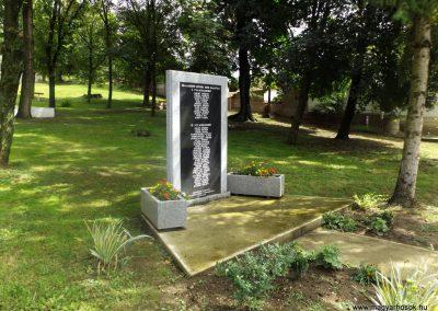 Szalaszend világháborús emlékmű 2014.08.24. küldő-kalyhas (5)