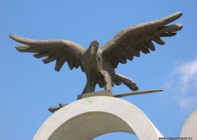 Szalonna világháborús emlékmű 2008.08.13. küldő-Tamás2 (1)