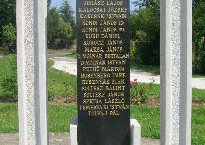 Szalonna világháborús emlékmű 2008.08.13. küldő-Tamás2 (4)