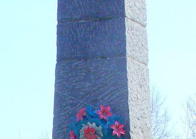 Szanda világháborús emlékmű emlékmű 2008.02.12. küldő-Pfaff László, Rétság (1)