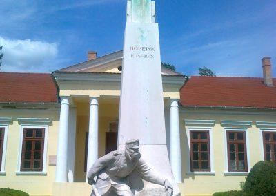 Szarvas I.vh emlékmű 2010.07.30. küldő-Csiszár Lehel