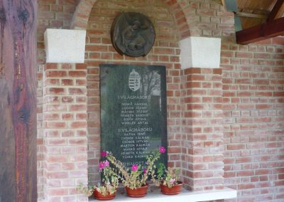 Szatta világháborús emlékhely 2009.09.16. küldő-Sümec (4)