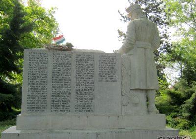 Szatymaz felújított I. világháborús emlékmű 2017.04.14. küldő-Emese (5)