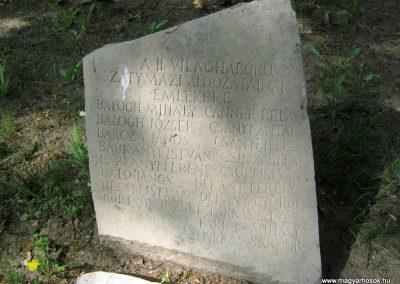 Szatymaz felújított II. világháborús emlékmű 2017.04.14. küldő-Emese (2)