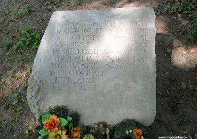 Szatymaz felújított II. világháborús emlékmű 2017.04.14. küldő-Emese (4)