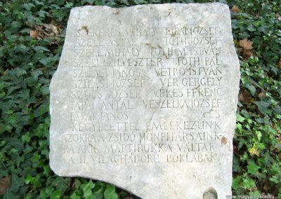 Szatymaz felújított II. világháborús emlékmű 2017.04.14. küldő-Emese (5)