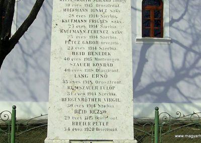 Szederkény I.vh emlékmű 2011.03.21. küldő-Bagoly András (3)