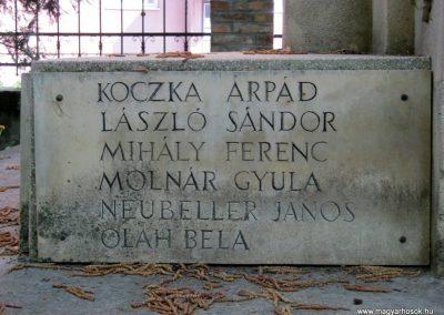 Szeged Csonka János Szakközépiskola világháborús emlékmű 2016.04.12. küldő-Emese (6)
