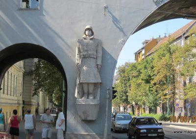 Szeged Hősök kapuja I.vh emlék 2011.08.19. küldő-kalyhas (1)