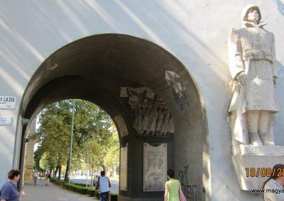 Szeged Hősök kapuja I.vh emlék 2011.08.19. küldő-kalyhas (4)