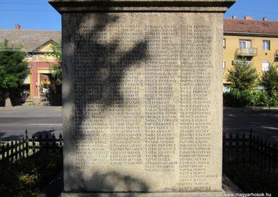 Szeged-Kiskundorozsma I.vh emlékmű 2011.08.20. küldő-kalyhas (5)
