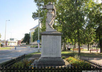 Szeged-Kiskundorozsma I.vh emlékmű 2011.08.20. küldő-kalyhas (6)