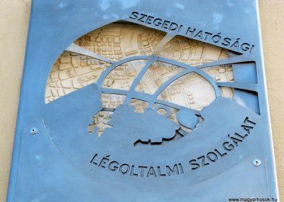 Szeged Mentőállomás - volt tűzoltó laktanya - II. világháborús emléktábla 2014.08.16. küldő-Emese (3)